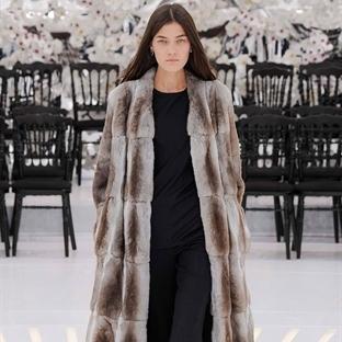 Elegan, şık ve kadınsı Christian Dior couture