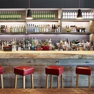 Huma Design'dan Brossard'da Míle Public House Pub
