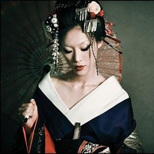 Japon Peelingi İle Cildiniz Porselen Gibi Olsun