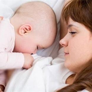 Kaç yaşına kadar bebeğimle uyumalıyım?