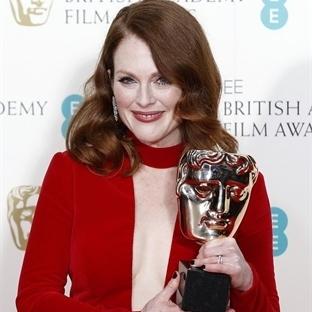 Kırmızı Halı: BAFTA Awards 2015