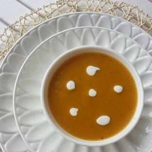 Kremalı Balkabağı Çorbası Nasıl Yapılır