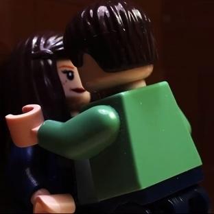 LEGO'lardan Gri'nin Elli Tonu'na Yaratıcı Gönderme
