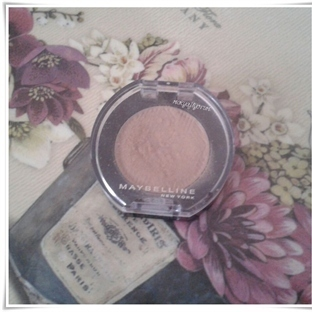 Maybelline Colorshow Far 02 Stripped Nude