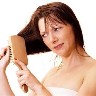 Saçınızın dökülmesi ile ilgili 7 yanlış