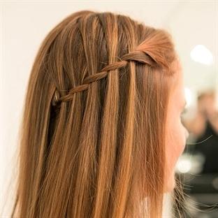 Şelale Saç Modeli Nasıl Yapılır?