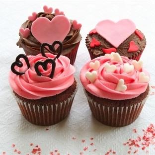 Sevgililer Günü Cupcake Tarifleri