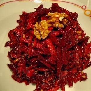 Sumaklı Kırmızı Pancar Salatası