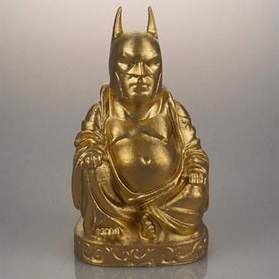 Süper Kahramanlardan Oluşan Buda Heykelleri