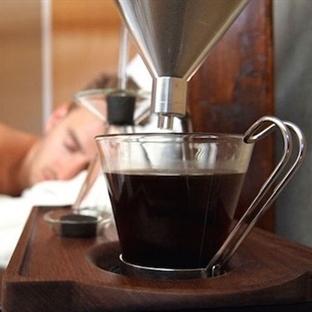Taze kahveyle kullanıcılarını uyandıran çalar saat