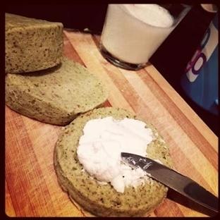 Unsuz Avokadolu Sandviç Ekmeği