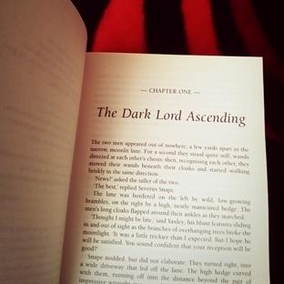 Vampirella Ne Okuyor: Asla Eskimeyecek Bir Kitap