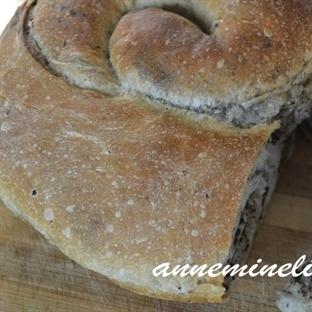 Zeytinli ekmek