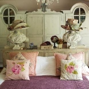 Ahşap (Eskitme) Yatak Odası Mobilyaları