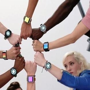 Android Wear Saatler Gövde Gösterisi Yaptı