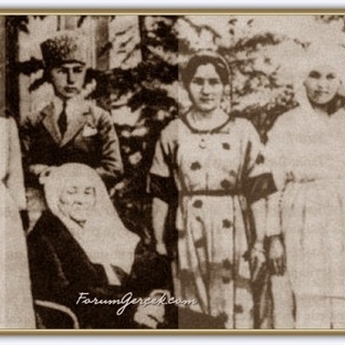 Atatürk'ün Ağzından Hayatı (Fotoğraflıı)
