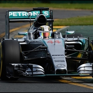 Avustralya'da Pole Son Şampiyon Hamilton'un !!