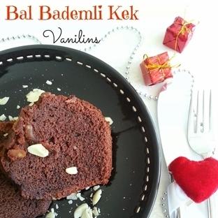 Bal Bademli Kek
