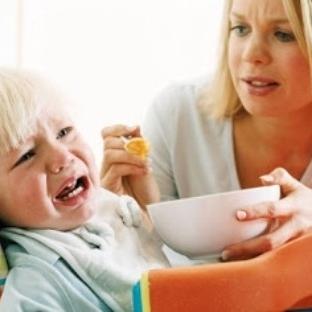 Bebekleri her ağladığında yemekle susturmayın