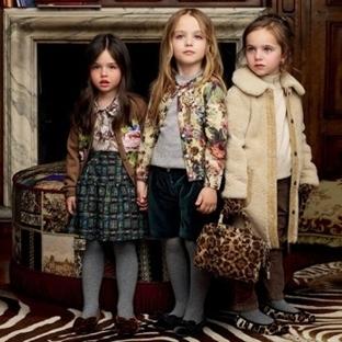 Büyükler Hazır çocuklar ne giyecek?