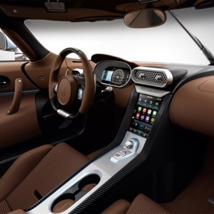 CarPlay Desteği ile Yeni Regera Hypercar