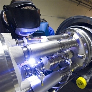 CERN LHC'de Kara Delikler Aranmaya Devam Ediyor