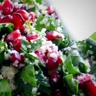 Cevizli Narlı Ispanak Salatası Tarifi