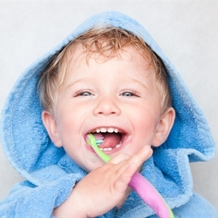 Çocuğun ilk diş kontrolünü oyuna çevirin