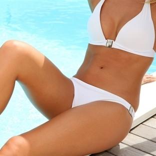 En güzel bikiniyi siz giyin
