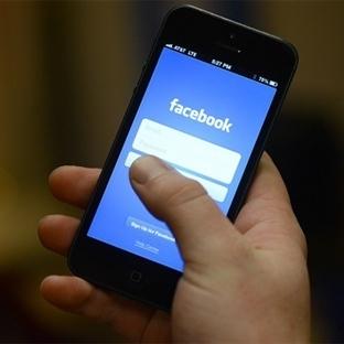 Facebook Telefon Uygulaması Geliyor?
