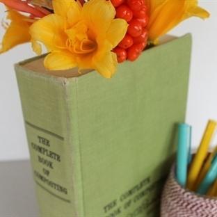 Kitap Görünümlü Vazo Yapalım Mı?
