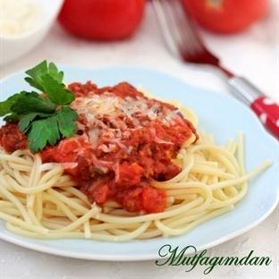 Kiymali Soslu Makarna-Spaghetti Bolognese