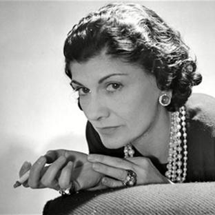Moda'nın Aklı Faal Kadını, Coco Chanel