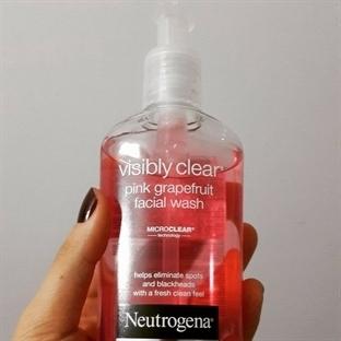 Neutrogena Visibly Clear Nasıl Bir Ürün?