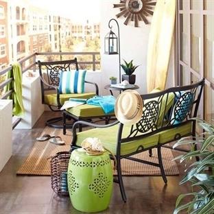 Renk Açan Balkonlar