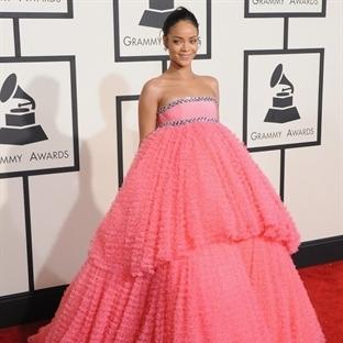 Rihanna ve Unutulmaz Gala Kıyafetleri