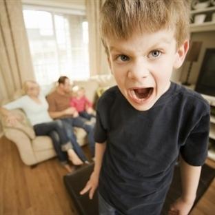 Şiddet Oyunlarında Ebeveynler Dikkat