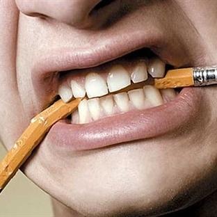 Stres Dişleri Aşındırıyor!