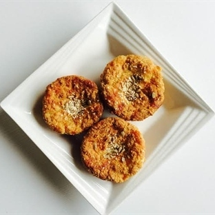 Unsuz Susamlı Muffinler