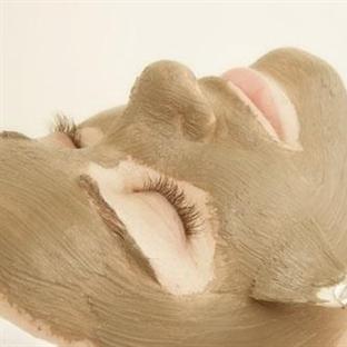 Yeşil Killi Doğal Yoğurt Maskesi