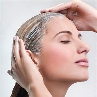 Yıpranmış Ve Dökülen Saçlar İçin Maske Önerisi