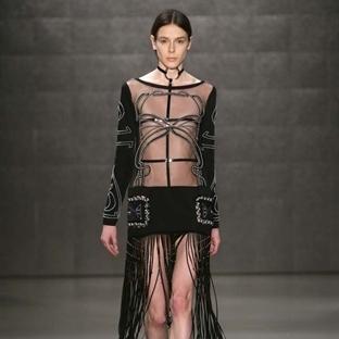 Zeynep Tosun'un seksi couture koleksiyonu