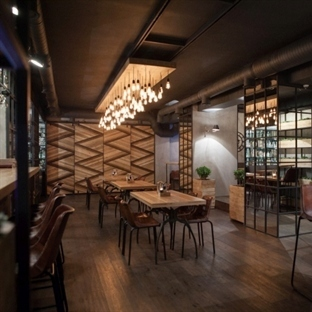 Ample Studio'dan Rusya'da Barco Grill & Wine Bar
