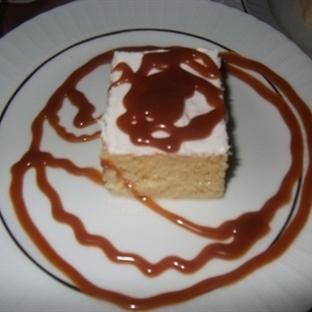 böğürtlenli-karamelli trilleçe tatlısı