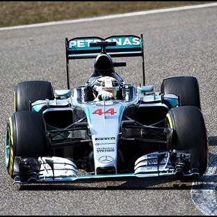 Çin'de Mercedes Dublesi, Hamilton Rahat Kazandı