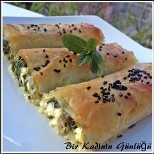 Çıtır Çıtır Ispanaklı Peynirli Börek
