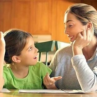 Çocuğun konuşması için onunla konuşun!