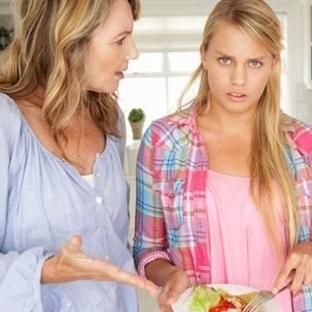 Ergenlik Çağındaki Çocukla Nasıl Konuşulmalı?