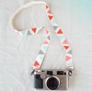 Fotoğraf Makinesi Askınızı Kendiniz Yapın