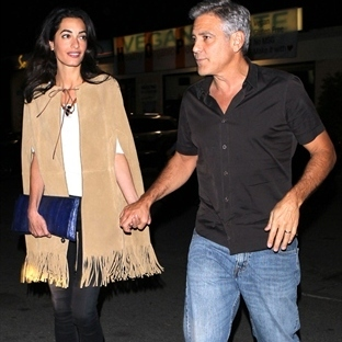 George Clooney ile evlilik stil ikonuna dönüştürdü